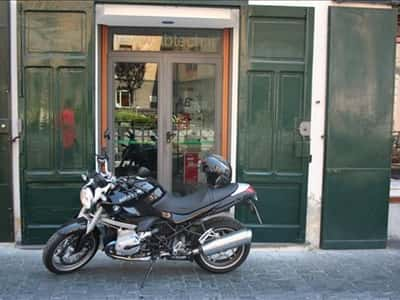 Amalficoast cars and motorcycle
