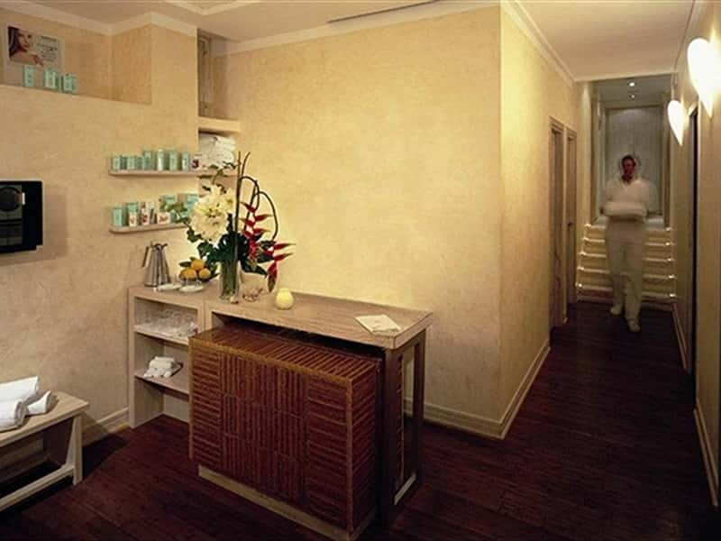 SPA Concierge desk