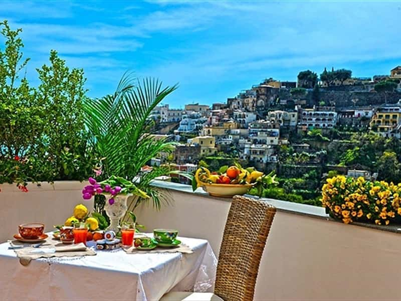 Liparlati bed and breakfast positano charming bed and for Bed and breakfast amalfi coast
