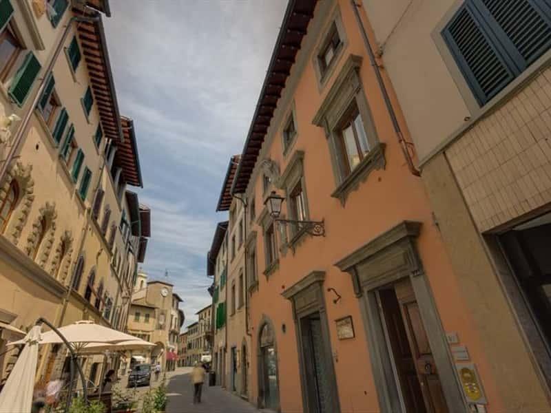 Palazzo tempi chianti aparthotel in san casciano in val di for Florence appart hotel